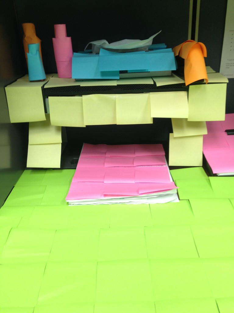 How to Decorate an Office with Post-It Notes | Tips for Decorating with Post-It Notes